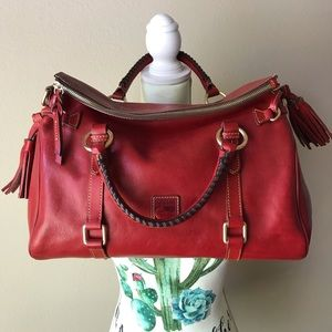 🌹Dooney & Bourke Red Florentine Med Satchel🌹